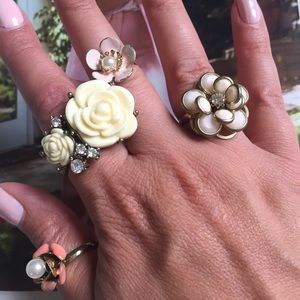 Floral Statement Rings- 4 Pink, Cream, Gold